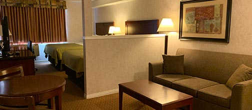 Mini Suite Room - Pacific Inn & Suites, Kamloops